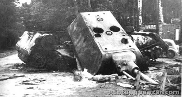 4 Panzerkampfwagen VIII Maus