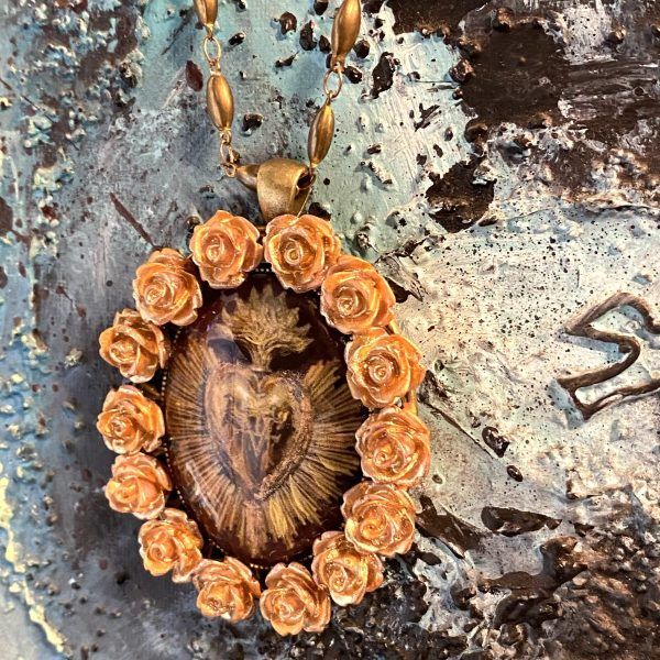 Sacred Heart Gold Necklace