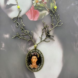 Frida Kahlo Necklace with thorny branches