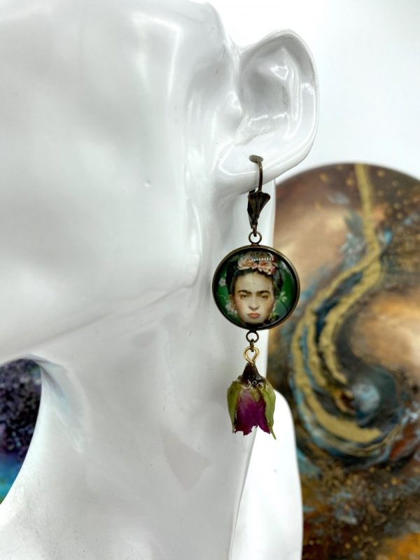 Frida earrings with real rose