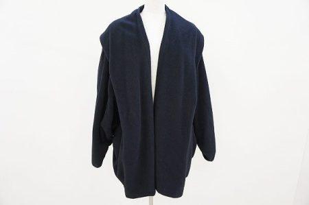 美しさと機能性を兼ね備えたイヴサンローランのコートを買取いたしました