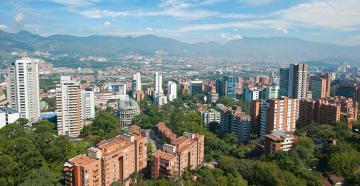 Medellín recibe premio internacional de Ciudad Inteligente por su transformación social, urbana y cultural