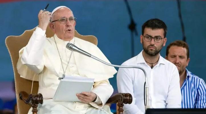 El Papa durante el encuentro con los jóvenes. Foto: Daniel Ibáñez / ACI Prensa