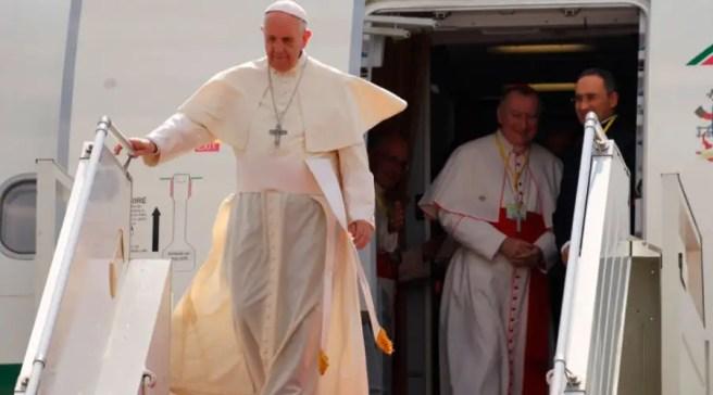 El Papa Francisco a su llegada a Myanmar. Foto: Edward Pentin / ACI Prensa
