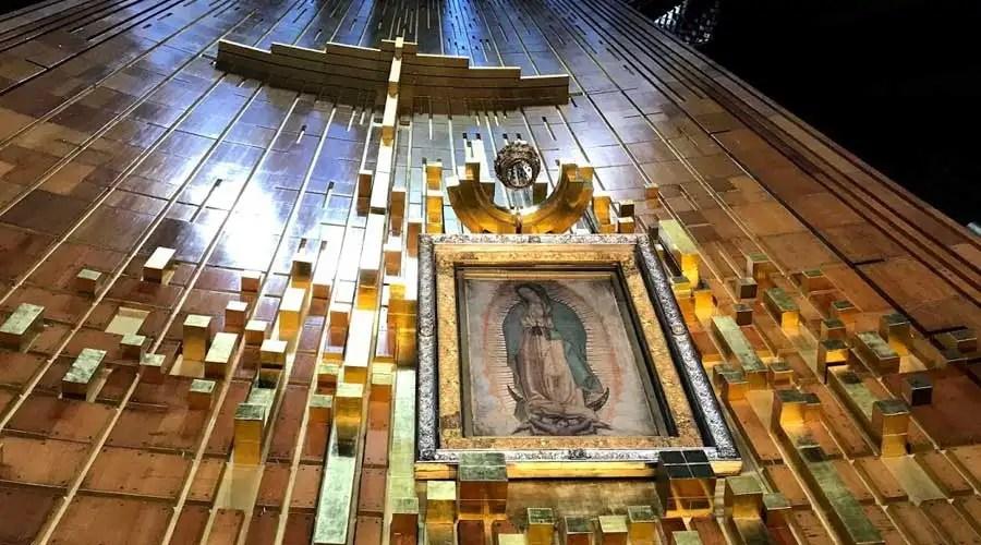 Imagen original de la Virgen de Guadalupe en su santuario en Ciudad de México. Foto: David Ramos / ACI Prensa.