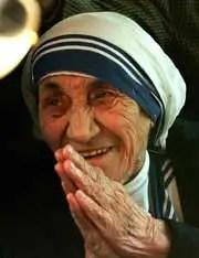 Madre Teresa en oración