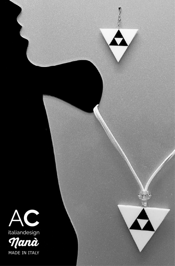 Triangolo bianco - Collana e orecchini - Necklace and earrings