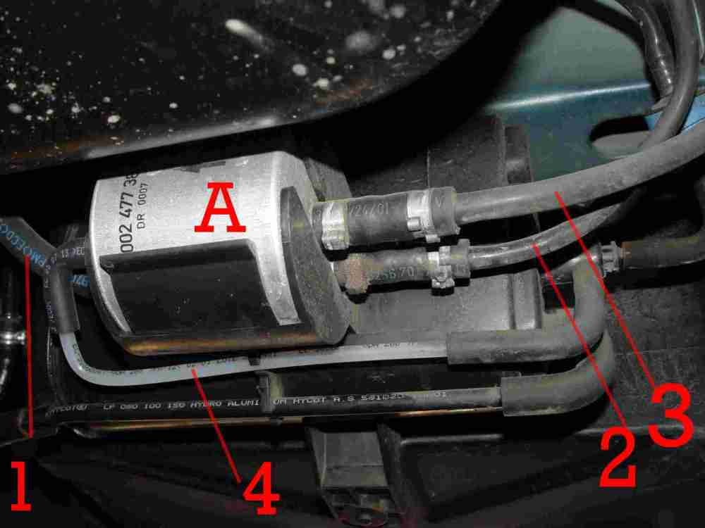 medium resolution of the fuel filter is easy to locate once having lowered the panels see a there are 4 pipes attached to the filter 1 feed to engine marked mot clipped