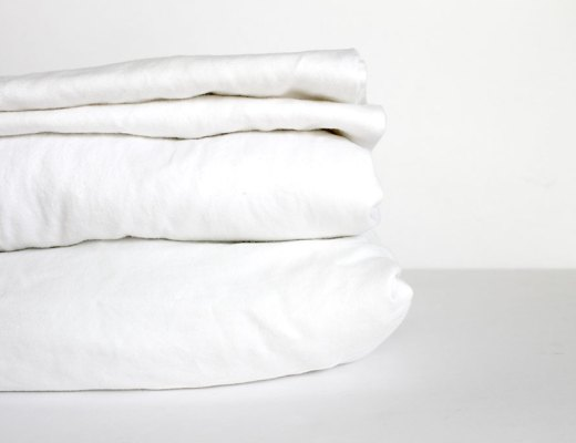 How to bleach sheets and make white sheets white again