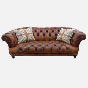 Oskar Chesterfield Leather sofa