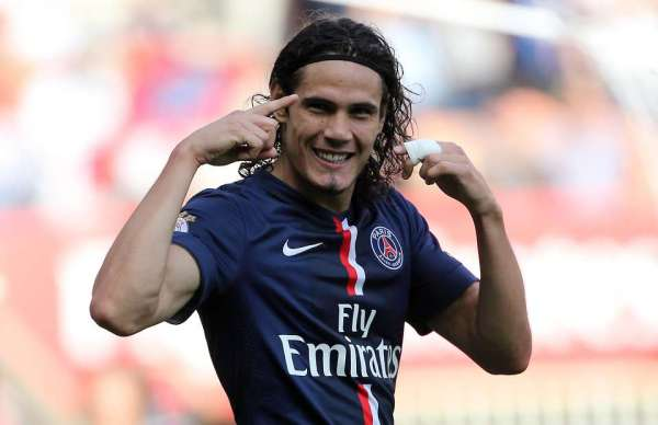 Ligue 1: Cavani double sees PSG maintain 100% start