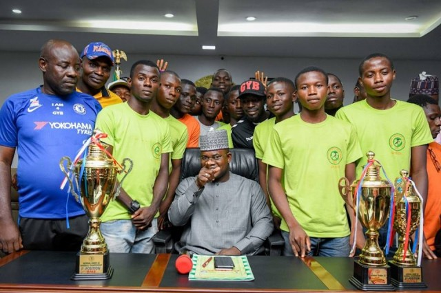 Gov Bello gives scholarship to victorious Kogi handball teams