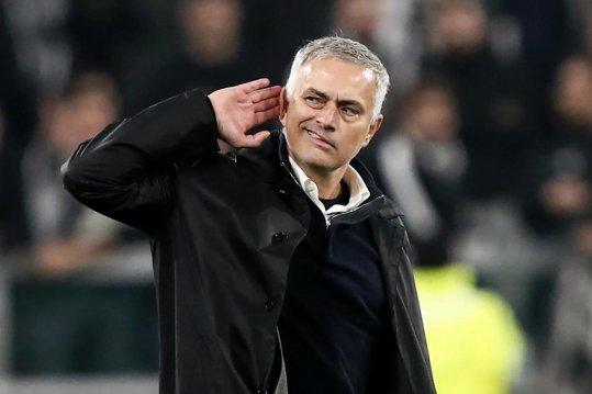 Premier League: Tottenham appoint Mourinho as new coach