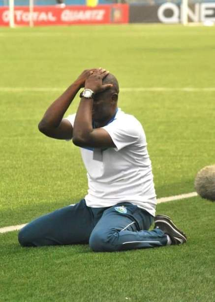 Enyimba coach Osho defends Dimgba after penalty miss