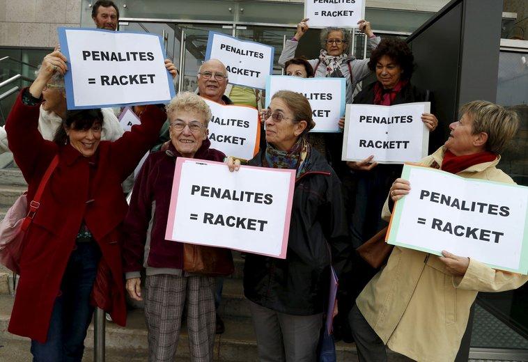 La Provence 3 février : Avignon : Le Collectif de l'eau encore vainqueur face à Veolia