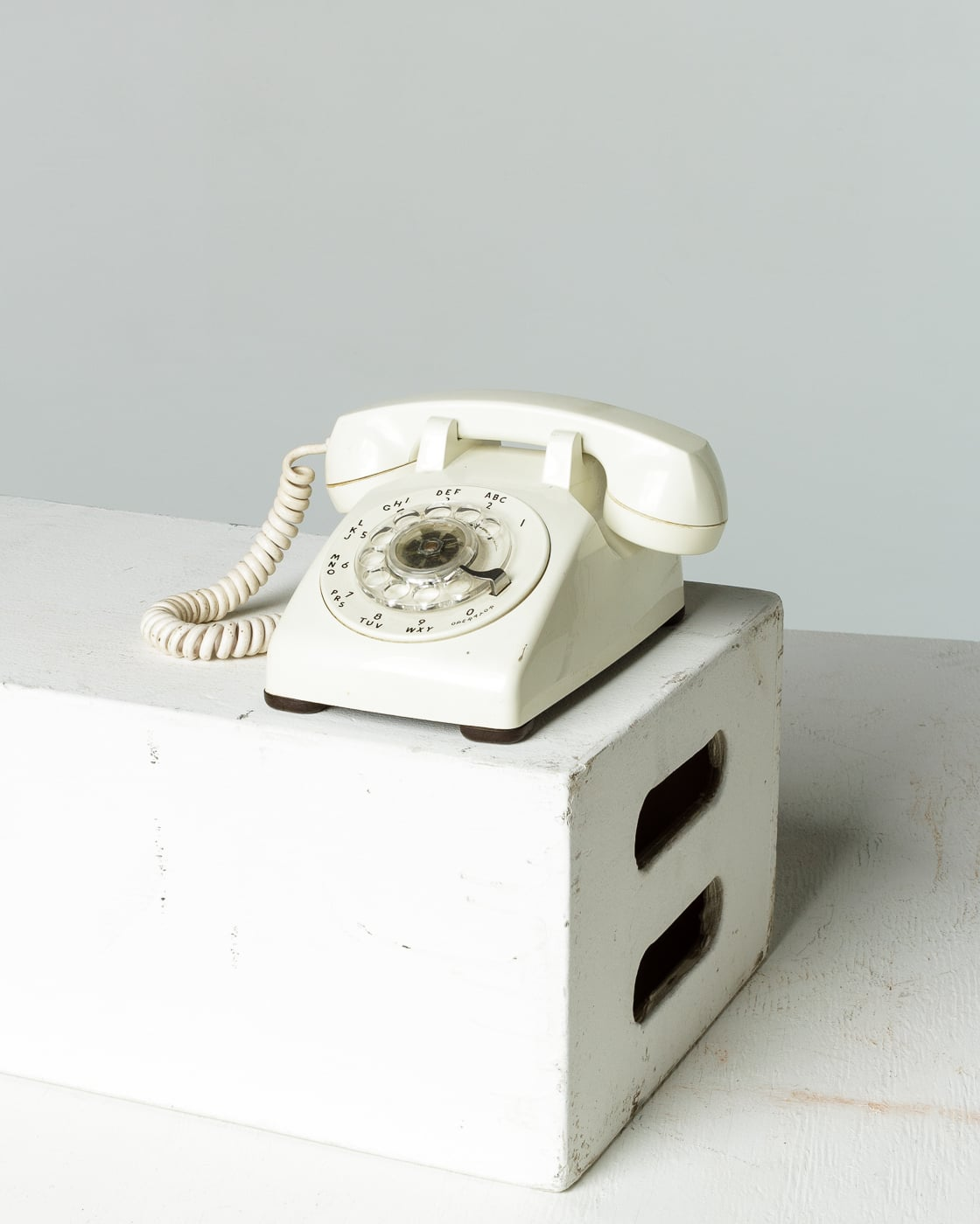 hight resolution of te044 white rotary phone