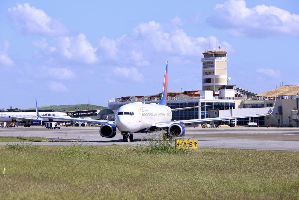 República Dominicana reanuda vuelos con Haití