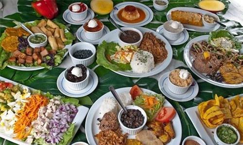 La Asociación Mundial de Sociedades de Chefs (WorldChefs) declaró a la cocina cubana como Patrimonio Inmaterial a nivel planetario, por haber salvaguardado la identidad y continuidad de una gastronomía con profundas raíces nacionales y contribuido a promover el respeto a la diversidad cultural y creatividad humana.