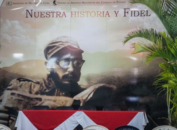 Pabellón Nuestra Historia y Fidel en la XXVI Feria Internacional del Libro de La Habana, en la fortaleza San Carlos de La Cabaña, el 9 de febrero de 2017. ACN / FOTO / Diana Inés RODRÍGUEZ RODRÍGUEZ