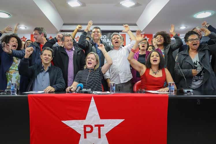 Partido de los Trabajadores de Brasil irá con Lula hasta las últimas consecuencias