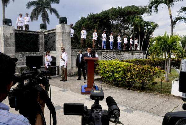 El presidente de la República Federal Democrática de Etiopía, Mulatu Teshome Wirtu, interviene en la ceremonia de homenaje a combatientes caídos en misiones internacionalistas, en la Necrópolis de Colón, en La Habana, Cuba, el 9 de enero de 2018. ACN FOTO/Oriol de la Cruz ATENCIO