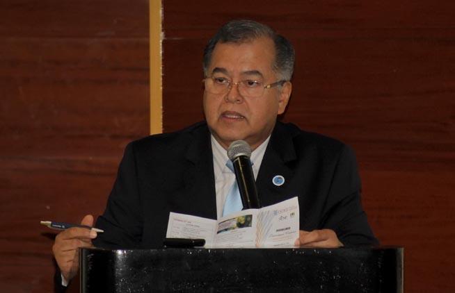 El Dr. Silvio Vega, presidente de la Asociación Panamericana de Infectología (API), interviene en el Congreso Internacional sobre la Resistencia a los antimicrobianos, del laboratorio a la clínica, en el hotel Meliá Habana, Cuba, el 26 de septiembre de 2018.