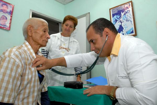 0610-salud-publica-cuba1.jpg