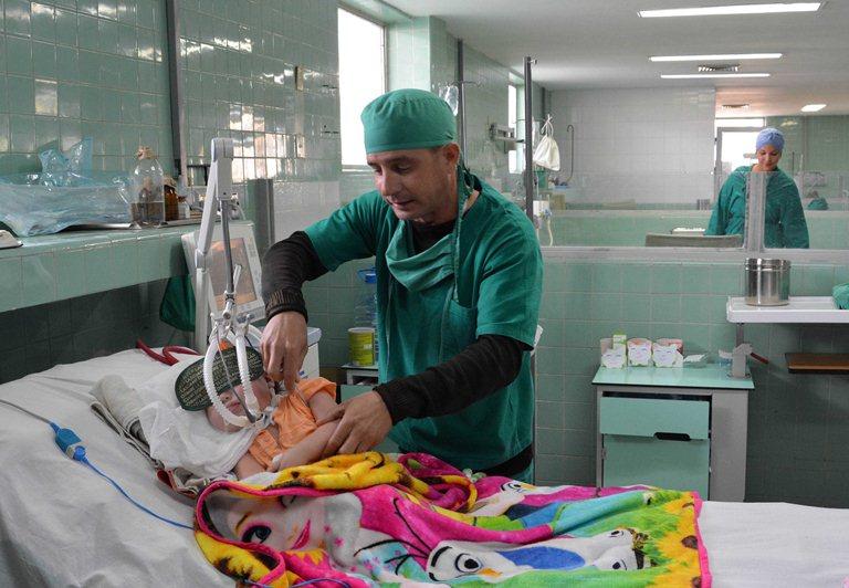 Como parte de un amplio proceso inversionista se remodeló la Unidad de Cuidados Intensivos donde se brinda asistencia, desde hace 36 años, para salvar la vida de los pequeños, en el Hospital Pediátrico Docente Eduardo Agramonte Piña, de Camagüey, 20 de marzo de 2019.