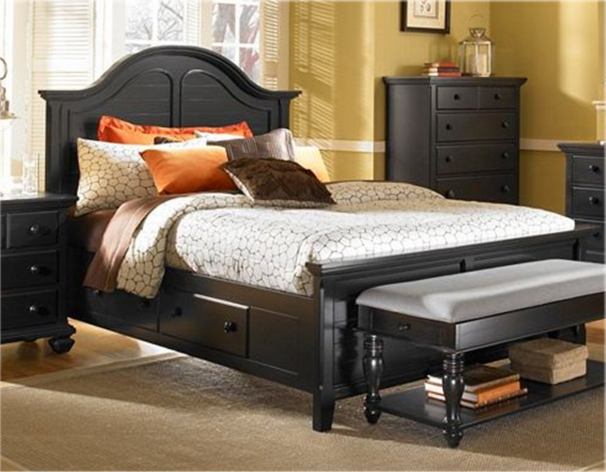 Lovely Vintage Look Bedroom Furniture Of Broyhill Drawers Broyhill Black Acnn Decor