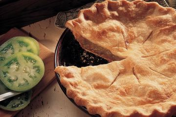 photo of green tomato pie