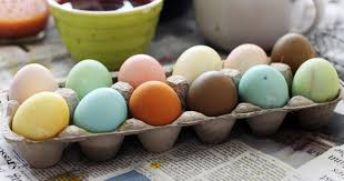 natural dye Easter eggs