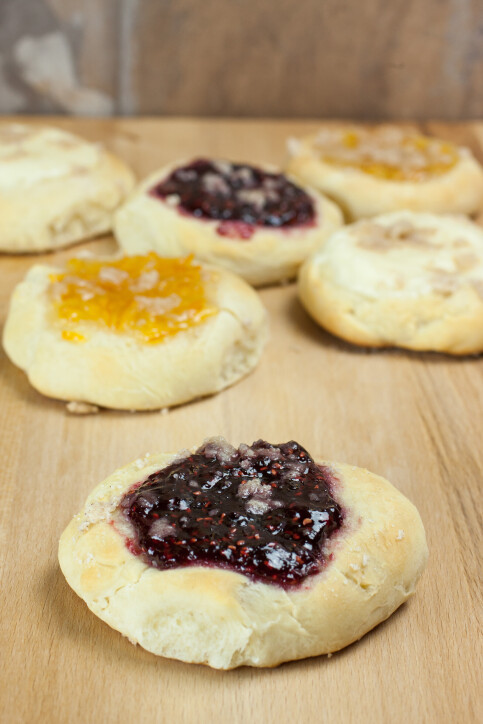 yeast kolaches with fruit filling