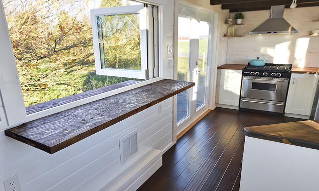 custom-mint-tiny-house-3