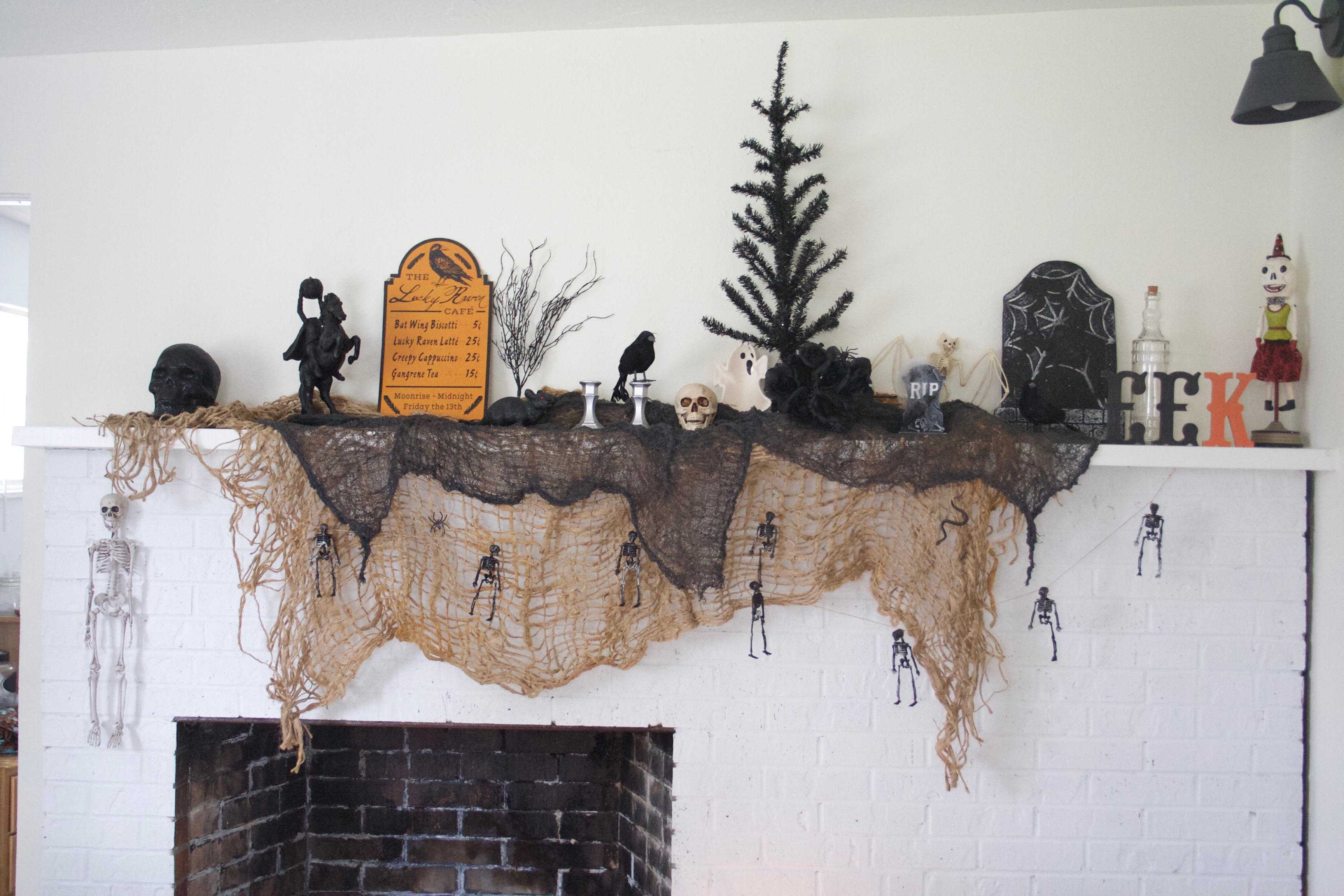 Halloween Mantle 2016