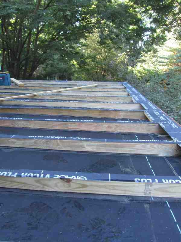 Building a Flat Roof Deck