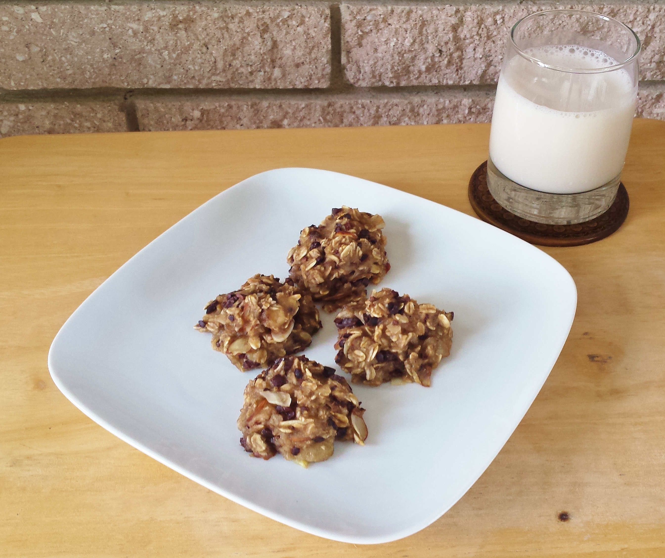 Two-Ingredient Banana Oatmeal Cookies with Raw Cacao Nibs and Sliced Almonds