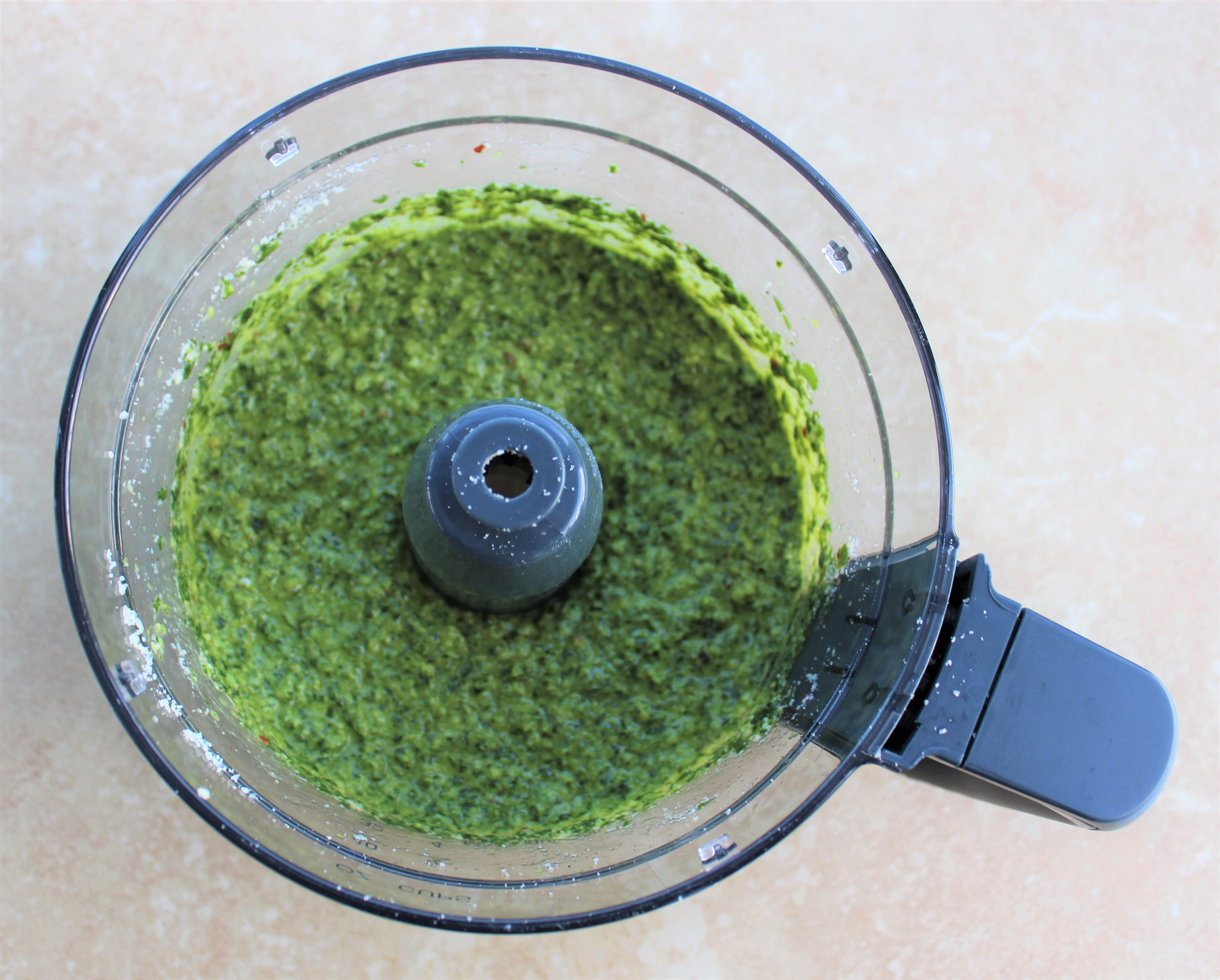 Cheesy Cauliflower Spinach Quinoa Pesto Bake 2