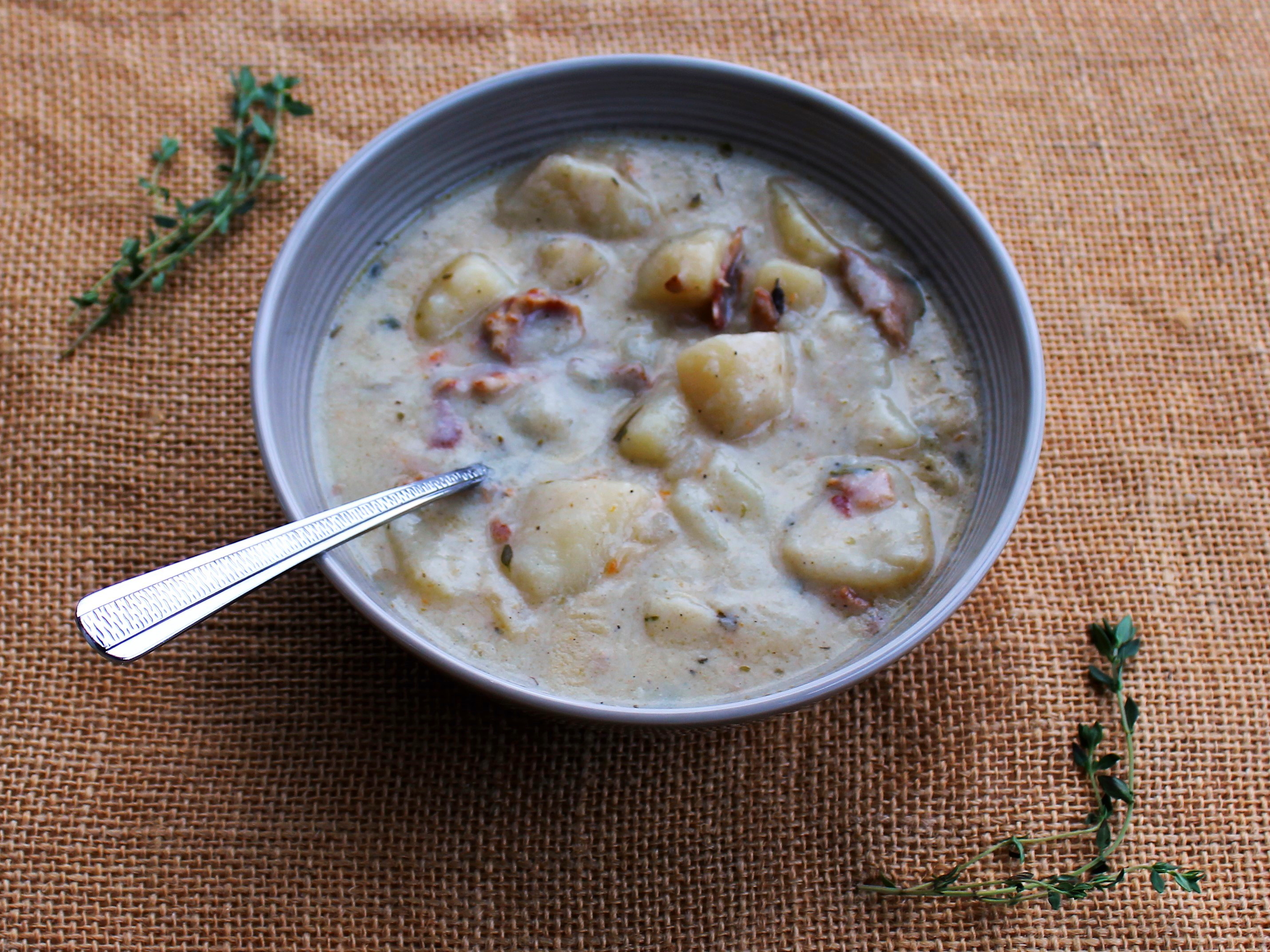... ! Say hello to Creamy Potato Soup with Bacon and Fresh Thyme