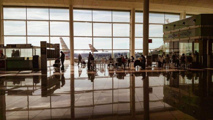 Sites de passagens aéreas - Aeroporto de Barcelona