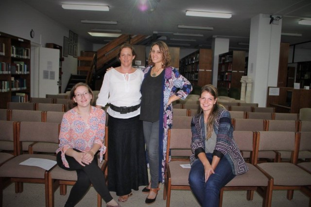 Left to right: Christina Ostrosky, Sarah Harpending, Miriam Saleh and Spring 2016 AMIDEAST intern Julia Schryver in the ACOR Library in October 2016.