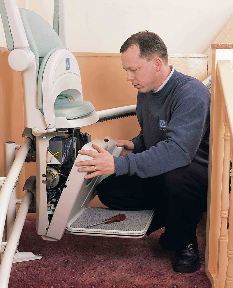 how much does a stair lift chair cost wedding covers midlands to and who will repair my stairlift acorn stairlifts advice after paying considerable amount of money having your lifts installed the last thing you want be involved in is costly situation