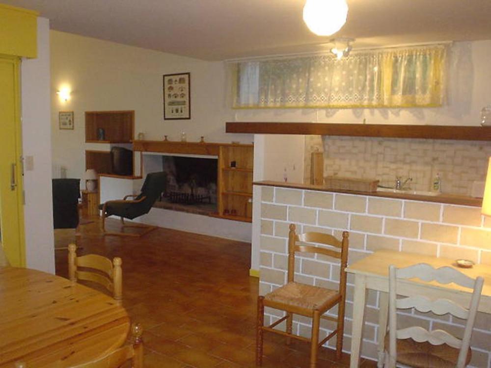 Appartement rez de chausse de villa  Acotztarracom  Locations Saisonnires  SaintJean de