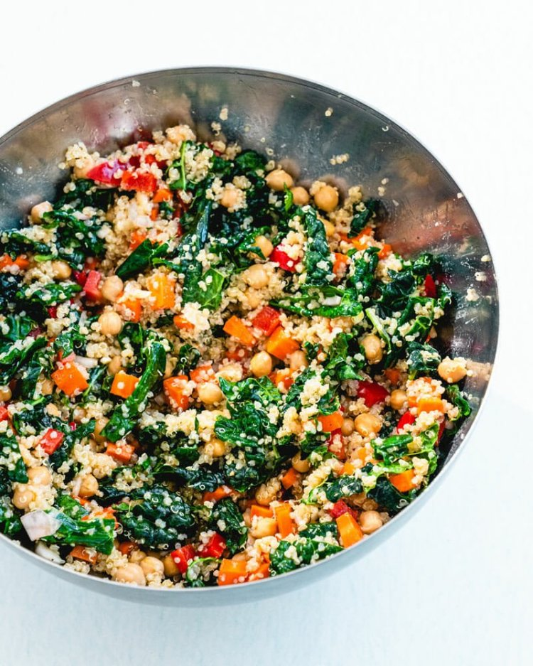 Healthy lunch idea kale quinoa salad