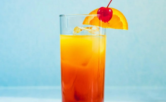Tequila Sunrise Easy Cocktail A Couple Cooks