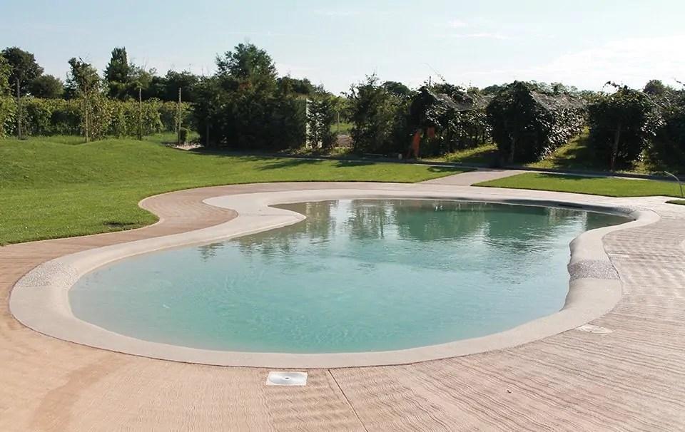 Piscine naturali e in pietra  Acqua Tecnica piscine