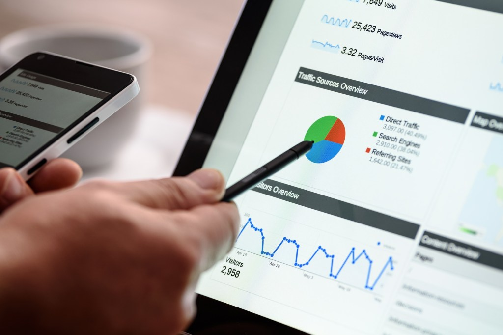 Pointing at SEO Data with Pen