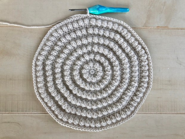How To Quickly Make A Round Crochet Cushion Easy Free Pattern