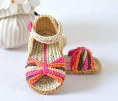paris style baby sandal - baby shoes crochet pattern - baby gift