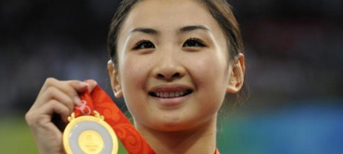 He Wenna, winner of the Beijing 2008 Olympics