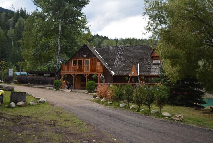Kinbasket Lake Resort Office Building